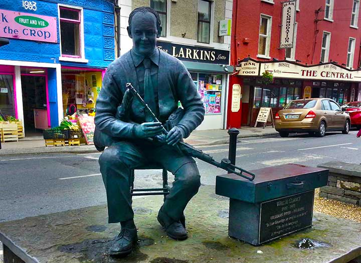 Statue of Willie Clancy